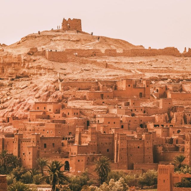 http://www.marocexcursions.com/wp-content/uploads/2018/12/Hand-Luggage-Only-1-11-640x640.jpg